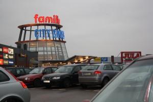 3. Köpcentrum lockar invånarna.