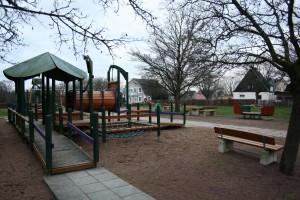 En lekplats i centrum kan vara ett sätt att locka fler människor till stadskärnan. (Foto: Ulf Liljankoski)